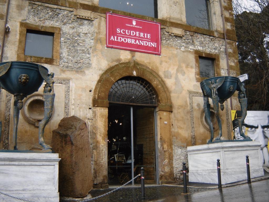Antiquariato a Frascati: compro e vendo antiquariato e modernariato