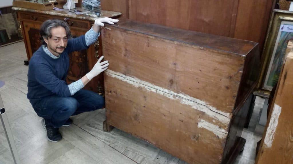 Valutazione di mobili antichi